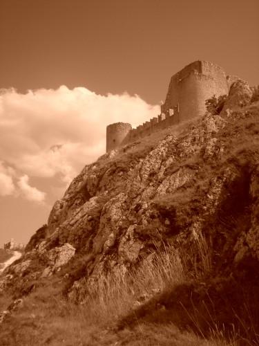 LADY HAWKE, rocca calascio, abruzzo, castello medievale