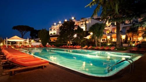 capri,mostra,jacquelinekennedy,tods,aperitivo,tramonto,capripalacehotel,ristorantericcio,sandaliartigianali