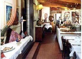 firenze,folon,valigia,giardino delle rose,cibo toscano,ristorante da burde