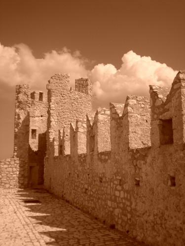 lady hawke,rocca calascio,abruzzo,castello medievale